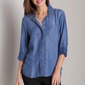 Bella Dahl Shirttail Button Down Chambray Shirt